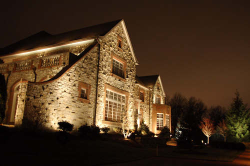 5 Popular Landscape Lighting Techniques