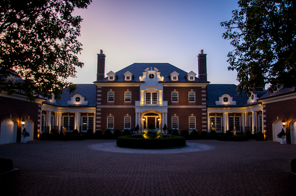 Landscape Lighting Adds Outdoor Magic to Stately Ohio [...] </p srcset=
