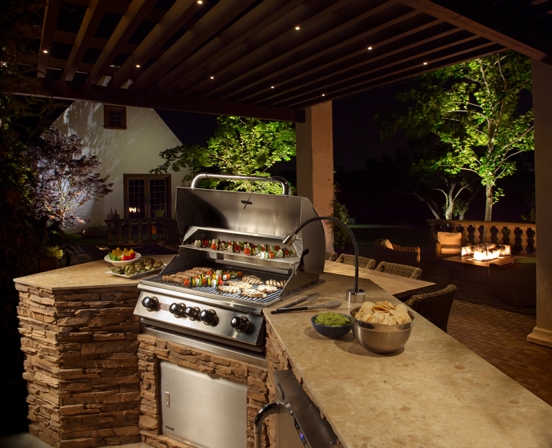 Set a Festive Mood with Landscape Lighting for Entertaining